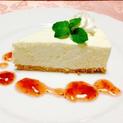 見た目はスイートだけど甘さ控えめ♪さっぱりチーズケーキのレシピ7選