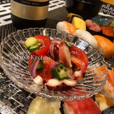 真蛸とオクラとトマトのサラダとお寿司♪つくレポお礼♡
