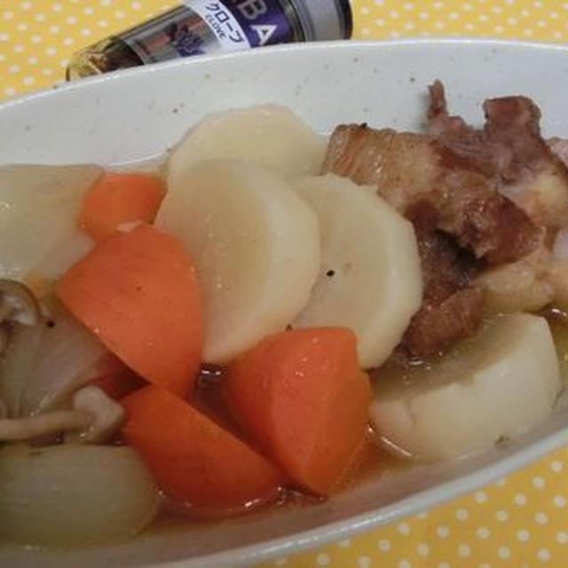 クローブでワンランクアップ♪ ベーコンと根菜のポトフ