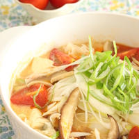 トマト酸辣湯(サンラータン)鍋♪