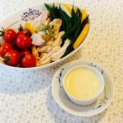季節の野菜と鶏むね肉の酒蒸し with ガラムマサラマヨネーズディップ