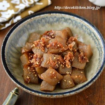 旦那のお気に入り!さっぱりおいしい「梅おかかこんにゃく」←作り置き・お弁当にもおすすめです◎