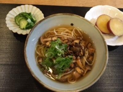 きのこのにゅう麺と豚肉