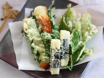 >ちくわの大葉巻き、長芋の海苔巻き、明日葉 天ぷら3種 by 小春さん