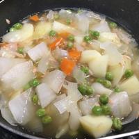 【ヤマキだし部】ツナとじゃがいもと大根の煮物