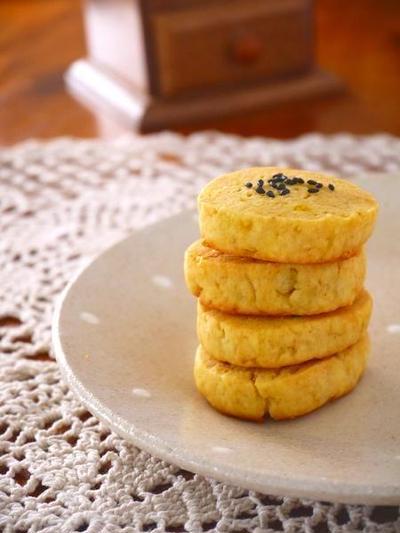 秋の味覚♪さつまいものしっとりクッキー。ホットケーキミックスで超簡単!昔懐かしい秋スイーツレシピ