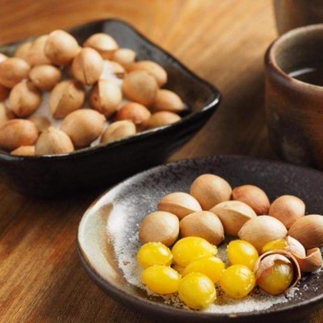 塩煎り銀杏(ぎんなん)の作り方、殻付き銀杏のむき方