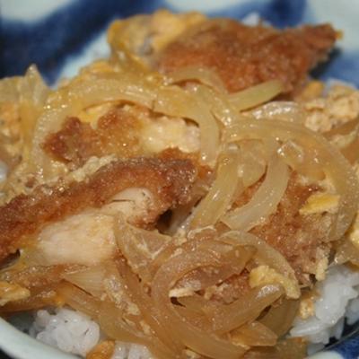 3月4日  チキンかつ煮丼
