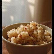 コンビーフの炊き込みご飯バター胡椒風味