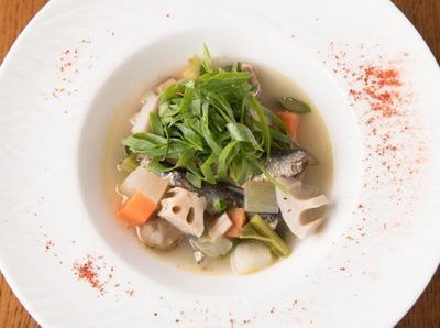 鰯とゴロゴロ野菜のブルターニュ風スープ 高橋 雄一シェフのレシピ