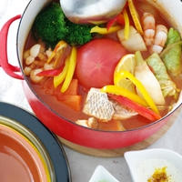 週末は野菜たっぷりプチ贅沢?鍋 塩レモントマト鍋