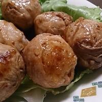 ドレッシングで肉巻きおにぎり♪ #リケン #ドレッシング #中華ごま #ノンオイルで天才レシピ