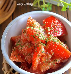 はずれトマトも劇的に美味しく!『トマトの洋風♡粉チーズ和え』《簡単*節約*副菜*作り置き》