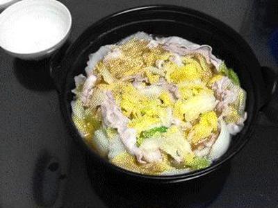 白菜と豚ばら肉のごま油鍋