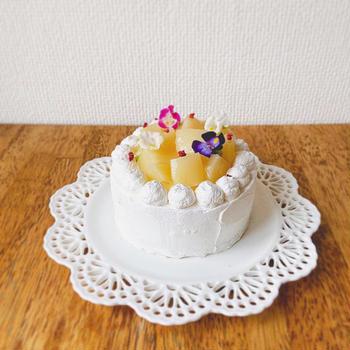 【桃の缶詰で簡単】桃と紅茶のショートケーキの作り方|しっとり失敗なしの紅茶スポンジ🍑