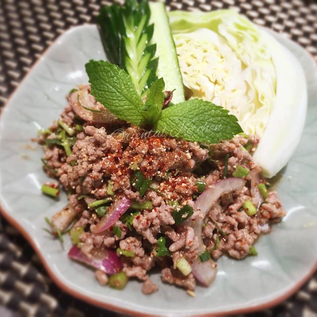 豚のハーブサラダ (ラープムー)