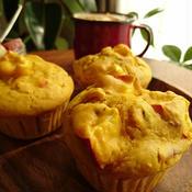 豆乳とオリーブオイルでつくる角切りりんごとシナモンのかぼちゃマフィン