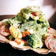 アボカドと春野菜のマスタードガーリックサラダ
