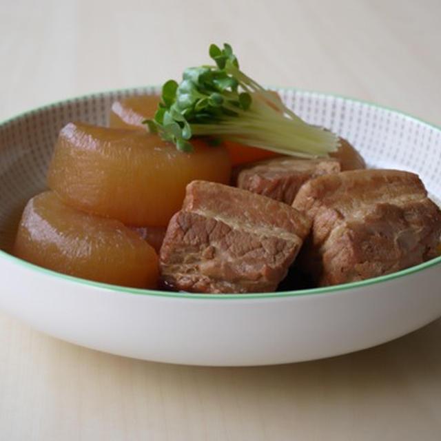 豚バラ肉と大根のべっこう煮