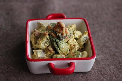 簡単!さつまいもとクルミのカレー風味サラダ