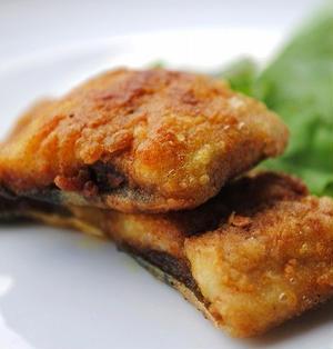 秋刀魚の旨味とカレーのスパイシーなおいしさが絶妙にマッチ!簡単おいしい♪秋刀魚のカレームニエル