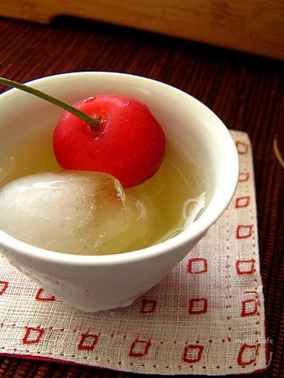 涼をお届け…氷出し冷茶