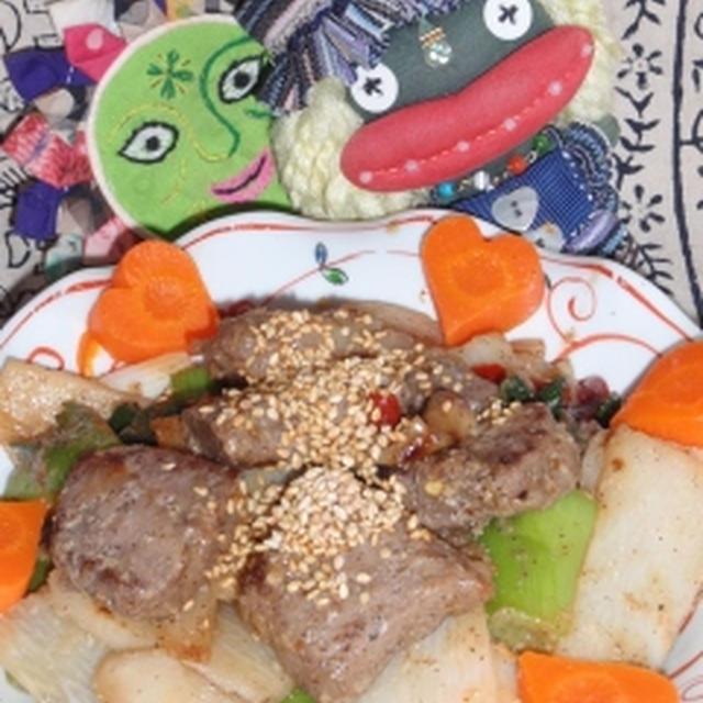 塩麹牛肉と長芋のニンニク醤油炒め&キュウリとしらすの塩麹サラダ(お家カフェ)