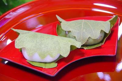 子共の日用に柏餅の試作&ホットケーキミックスで簡単お菓子♡鯉のぼりパンケーキとBIGエクレア