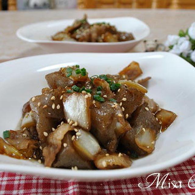 豚バラ肉とこんにゃくの煮物