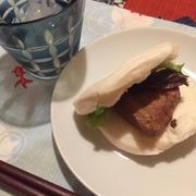 角煮サンド、赤道は雨季あけたかな