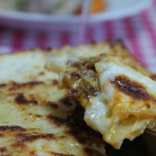 「キーマカレーラザニア」「鶏、ソーセージ、ガルバンソー、野菜の煮込み」