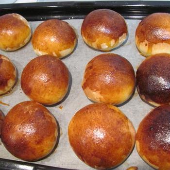 初天然酵母のパンと自家製シードル