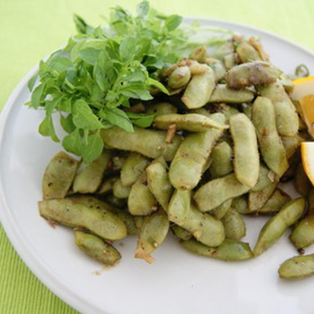指も美味しい、アンチョビ枝豆。
