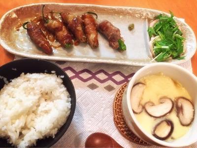 """""""簡単!味付けはポン酢とミリン!お弁当にも!☆しし唐の肉巻き☆ と作ってくれたよ♪"""""""