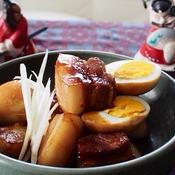 豚バラ肉と卵の煮込み
