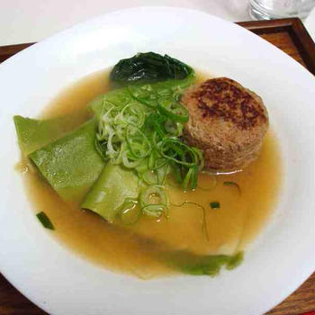 中華風煮込み肉団子と麻婆豆腐(Chinese Soup with Meatballs and Mapo Tofu)