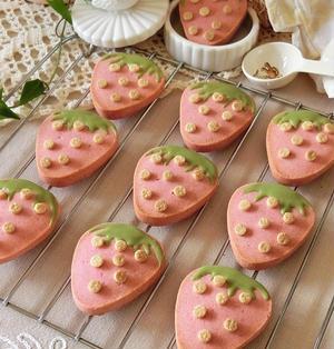 かわいいレシピ ♥ いちごミルククッキー プレゼントに♪