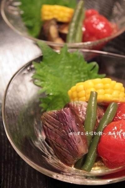 夏の涼菜、夏野菜のの煮浸しと焼き浸しとトマトだしでひんやりトマトゼリー。