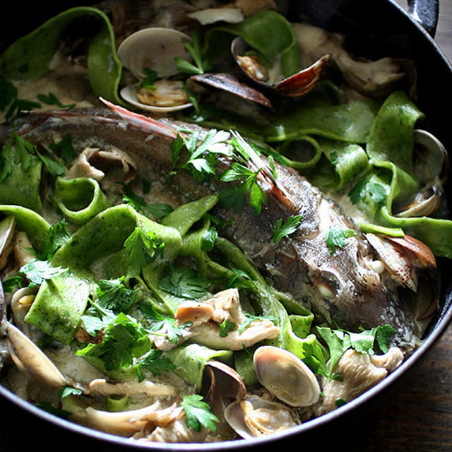 Green Pasta & Fish Soup