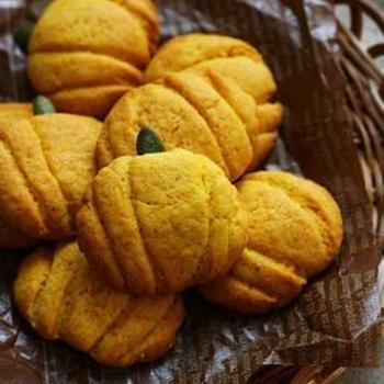 HMでカボチャのクッキー