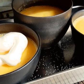 陶芸の器で焼きプリン