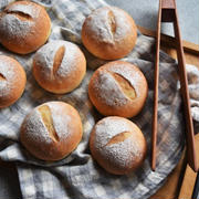 初心者さんにもおすすめ!「30分で作れるお手軽パン」で焼きたてを楽しもう♪