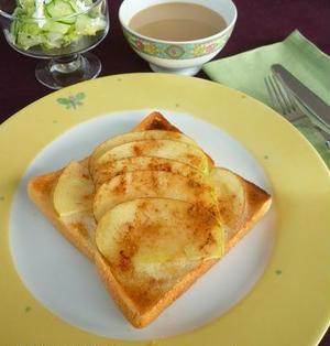 焼きリンゴシナモンシュガートースト