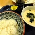 ご飯がメイン!麦飯とミソ味トロロ