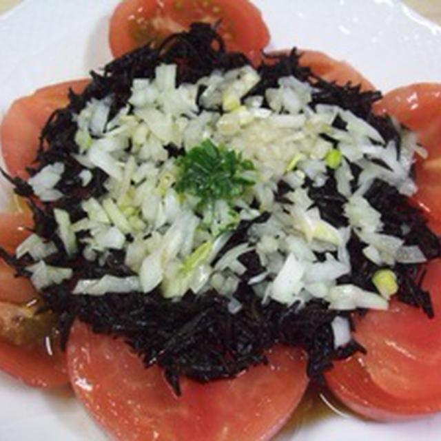 トマトとひじきのサラダ