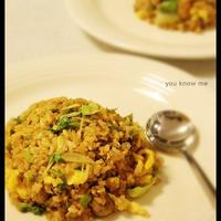 レシピモニター 焼肉のタレでもりもり食べれる!野菜たっぷりガーリック炒飯 カレー風味
