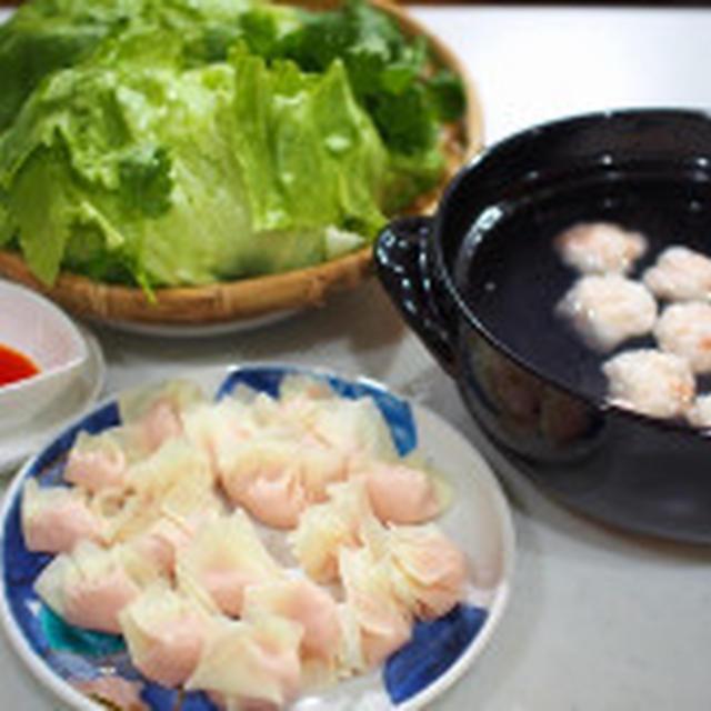なんちゃって海老しんじょと鶏ワンタン鍋