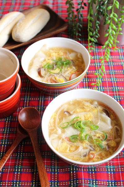 柚子胡椒香る*きのこと卵のとろ~りスープ餃子