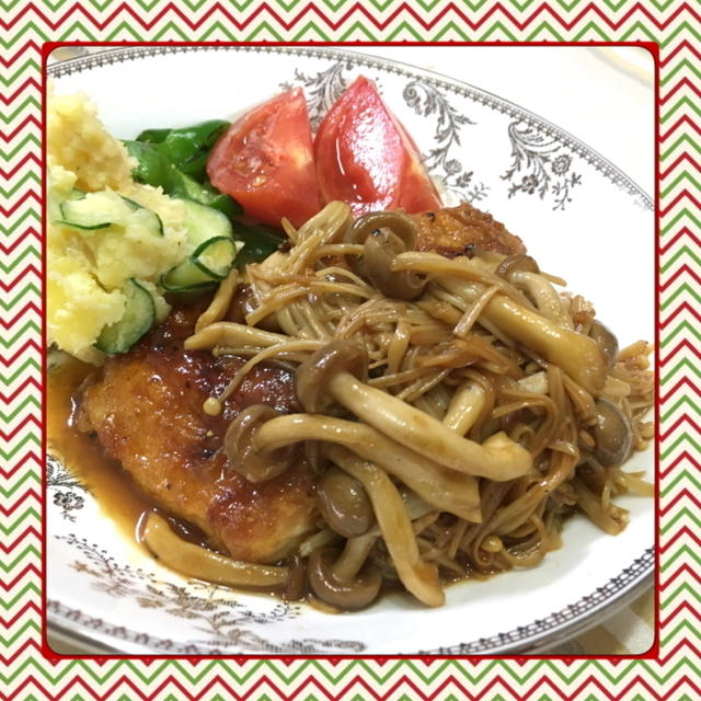 きのこたっぷり!鶏むね肉で作るヘルシー照焼きチキンステーキ(レシピ付)