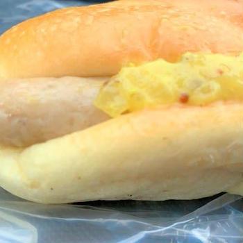 またまた出湯温泉パン工房のパン買い食い♡ホットドック・塩パンしっとりもちふわ~
